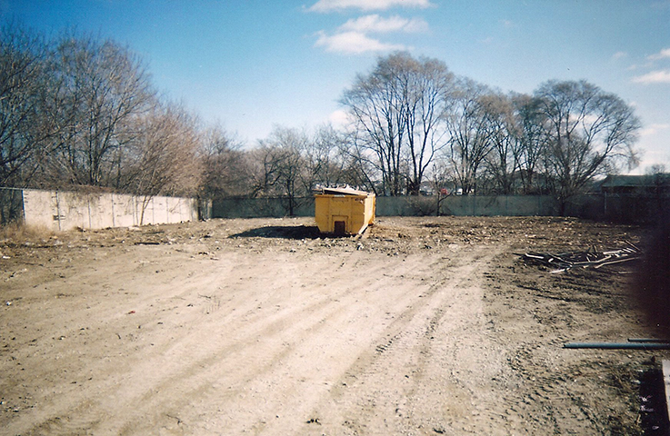 Small Demolition Project : Boss drilling hole small demolition and